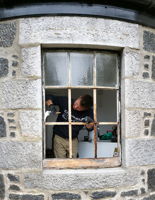 Specialists in Sash and case window manufacturing and repairing